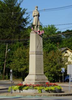 Civil War Statue in Avon Center